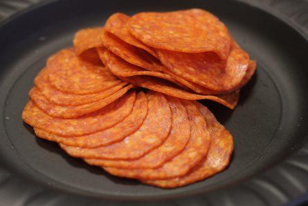 salyami-Pepperoni-topping-dlya-piccy-02