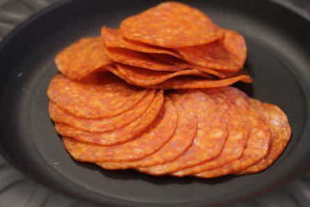 salyami-Pepperoni-topping-dlya-piccy-03