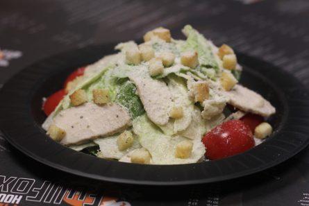 salat-Cezar-s-kuricej-02