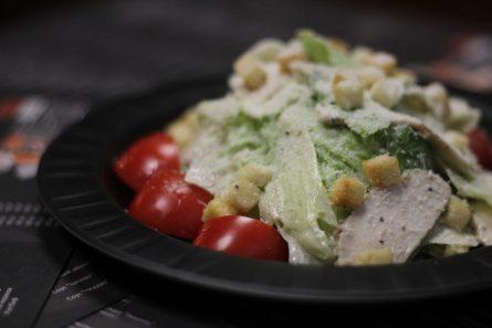 salat-Cezar-s-kuricej-07