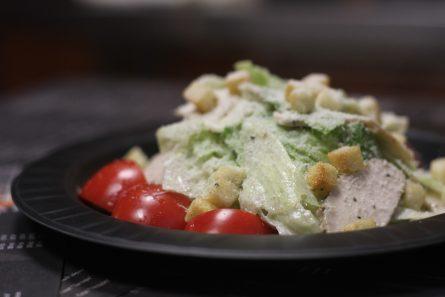 salat-Cezar-s-kuricej-09