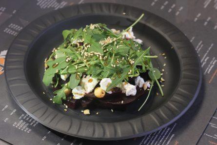 salat-iz-svekly-i-rikotty-07