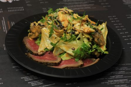 salat-s-rostbifom-i-artishokami-02